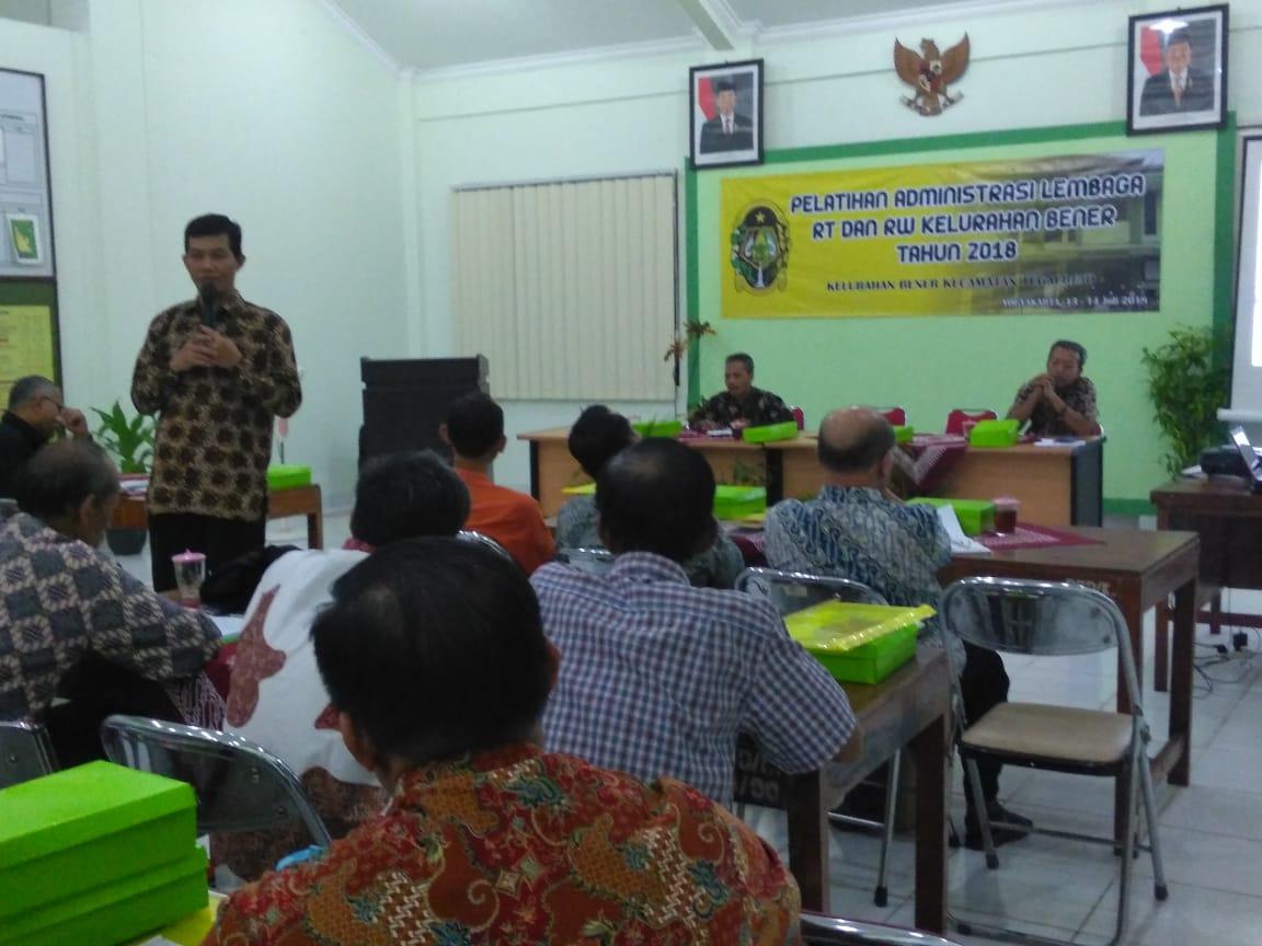 Pelatihan Administrasi Lembaga RT dan RW